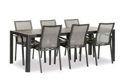 Reese Diningset dark grey. Inclusief tafel en 6 stoelen